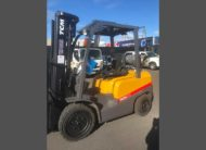 Used TCM FHG30T3 sideview
