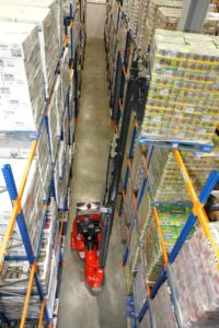 Flexi HiMAX Narrow Aisle forklift truck in action
